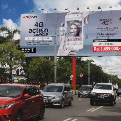 Advan Billboard - Budineon